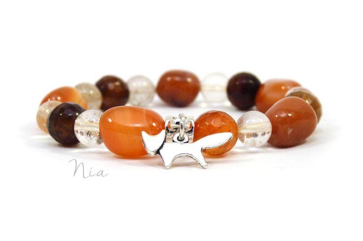 Carnelian, agate, rutilated quartz gemstone bracelet with fox charm.  #fox #niaékszer #niaásvány