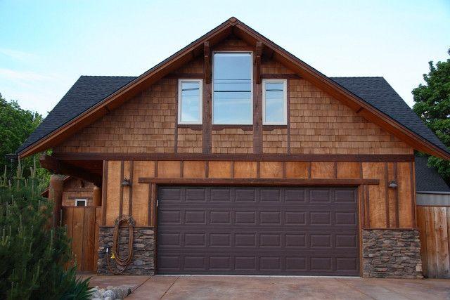 Best 25 garage with apartment ideas on pinterest garage for 4 car garage with loft apartment