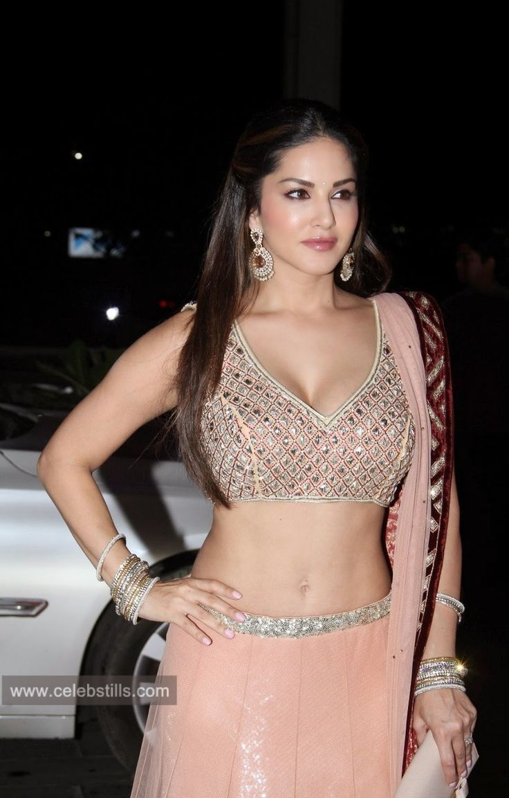 celebstills: Sunny Leone Latest Photoshoot