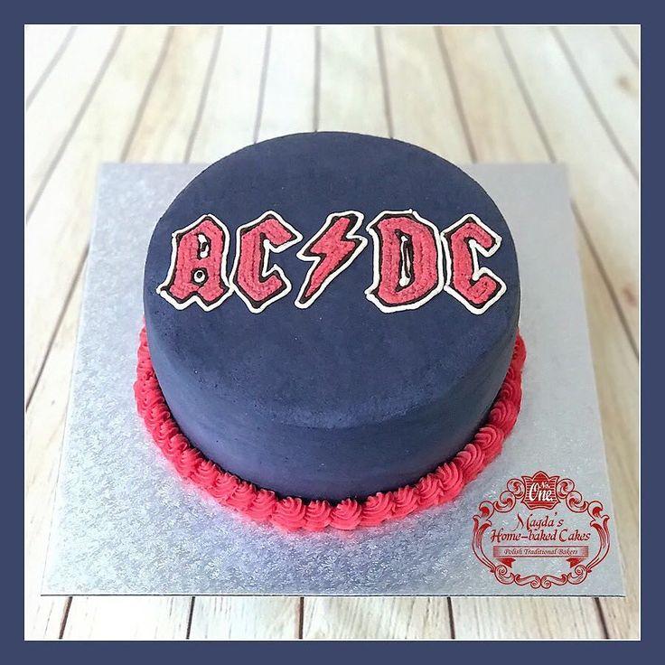 Tort czekoladowo - śmietankowy z owocami i musem z gruszek. Zapraszam do mojej galerii - kliknij i polub na Facebook'u http://ift.tt/2iOM9eB http://ift.tt/2hQF4gA Żądaj certyfikatu ! Nie ryzykuj ! #WheresTheSticker #BirthdayCakeSmash #MagdasCakes #Northampton