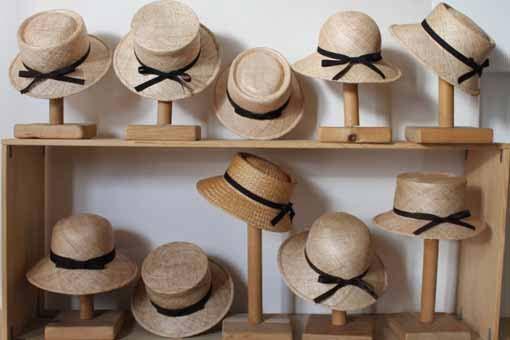 帽子 ベルレッタ 夏の帽子 バオ素材の帽子 カゴ NHK 美の壺で紹介された、麦わら帽子