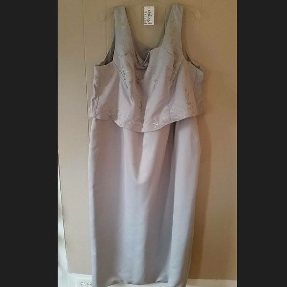 Great for a mother of a bride or Groom Gray 1 pcs tank dress (looks layered) has beautiful little flowers  with sequins on top Dresses Wedding
