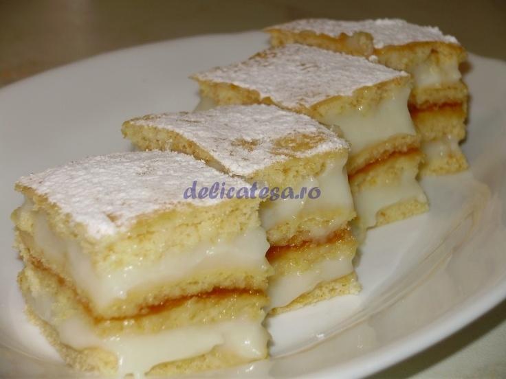 Prăjitura albinuţa aka bee-bee cake