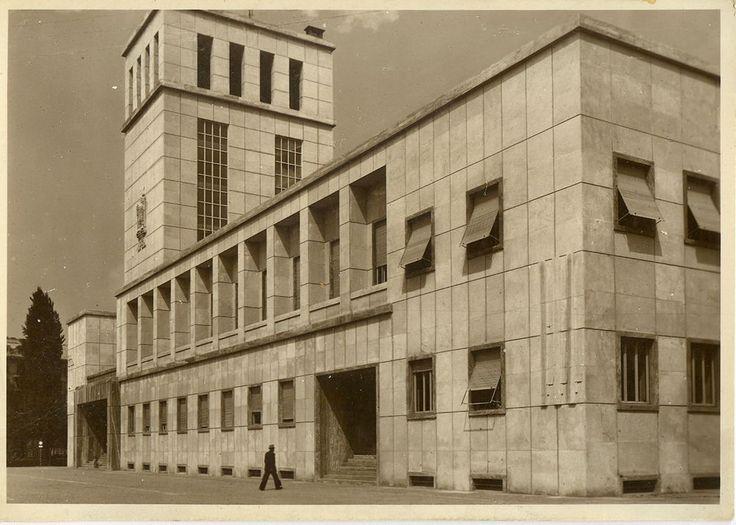 Novara - La Casa Littoria