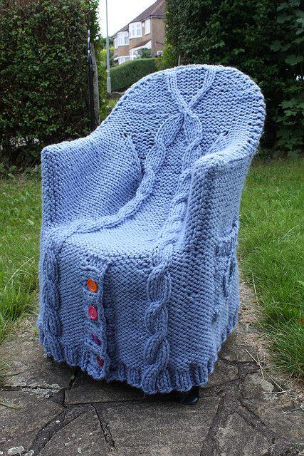 Chair Cardi