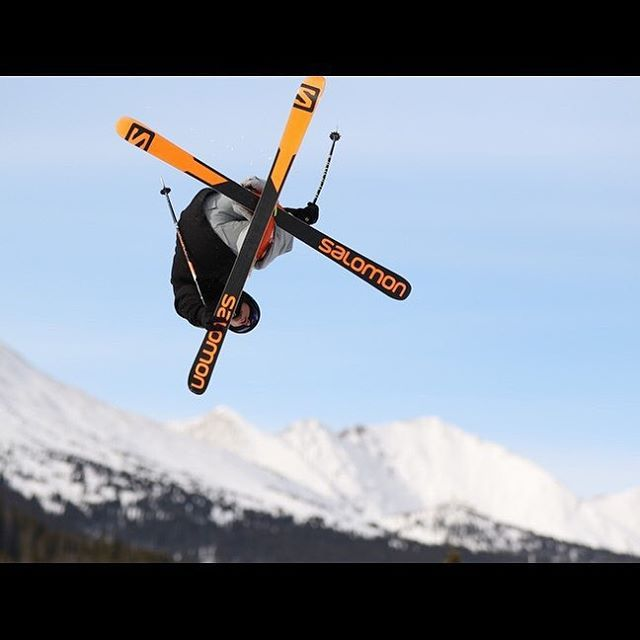 #colorado #ski #skiing #snowboarding #snowboard #railpark #snow #powder #powderwhore #terrainpark #breckenridge #coloradotography #halfpipe #ride905