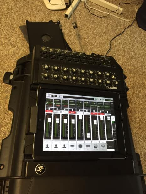 Mackie DL1608 16-Channel Digital Live Sound Mixer with iPad Control. The Mackie DL1608 redefines live mixing by combining the proven power of a full-featured digital mixer with the unmatched ease and mobility of an iPad. With 16 boutique-quality Onyx mic preamps and the performance of 24bit Cirru...