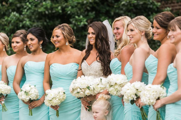 Tiffany blue wedding bridesmaids dress | Inspiring post by Bridestory.com, everyone should read about Tiffany Blue Wedding in Tennessee on http://www.bridestory.com/blog/tiffany-blue-wedding-in-tennessee