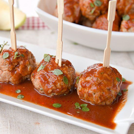Turkey meatballs in barbecue sauce. The mix for true food lovers.