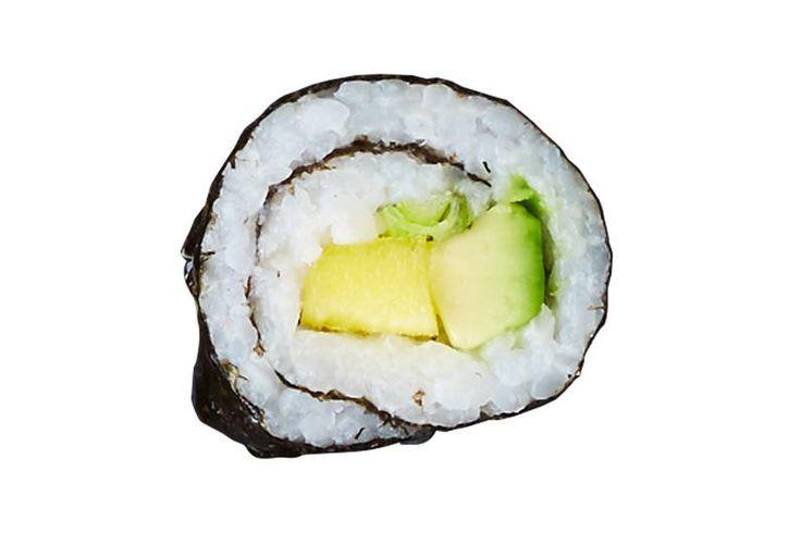 Das Rezept für Makirolle mit Avocado und Mango mit allen nötigen Zutaten und der…