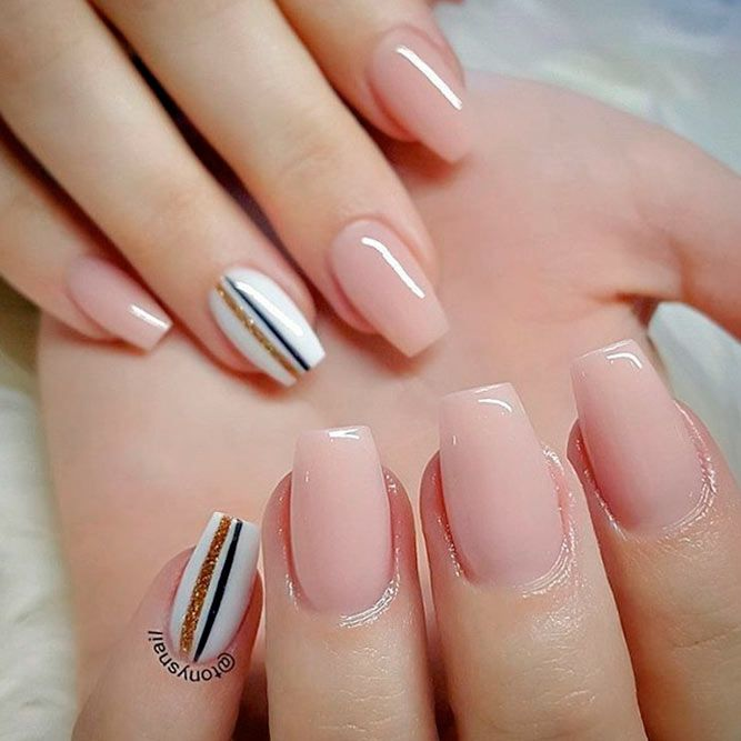 50 Glittering Acrylic Nails For Medium Length Nails And Long Nails The First Hand Fashion News For Females In 2020 Coffin Nails Designs Pretty Acrylic Nails Acrylic Nail Designs