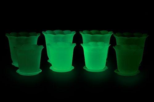 Светящиеся пластиковые горшки для цветов. Светящаяся краска для пластика - AcmeLight Plastic ***** Luminous plastic flower pots. Luminous paint for plastic -  AcmeLight Plastic #luminous #plastic #flower #pots #plastic #paint
