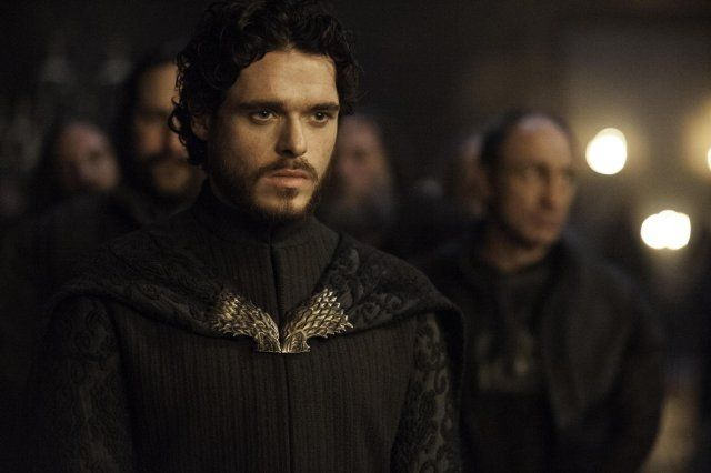 Still of Richard Madden and Michael McElhatton in Game of Thrones