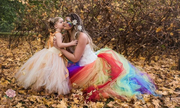 Mother & daughter Shoot, Tutu was made by Crystal @ Cadenza Bella Tutus- Clips and more