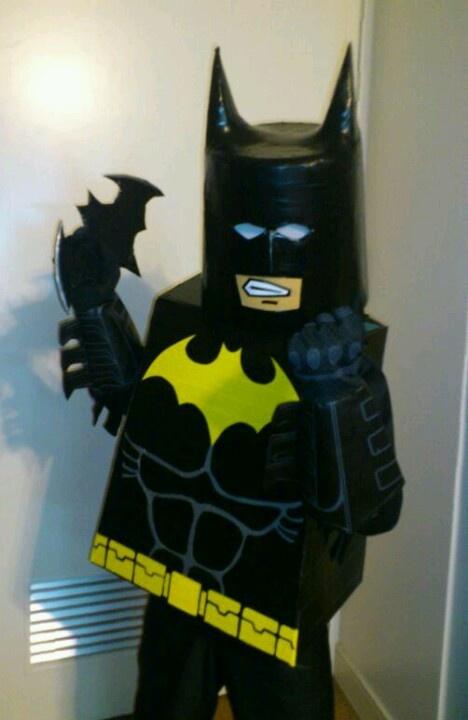 Homemade Lego Batman costume. Made from a bucket, cardboard, styrofoam, black vinal tape, black and yellow duct tape. #Costume#Batman#Leggo