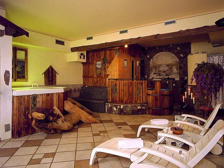 http://www.hotel-livigno.com/hotel-dettaglio/88/Hotel-Francesin