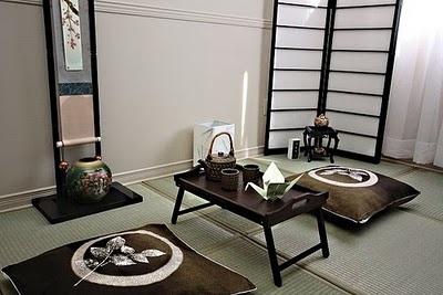 Minimalistic Japanese Decor