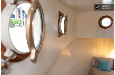 HomeExchange.com™ - Charming Houseboat in the citycenter of amsterdam, Jordaan district