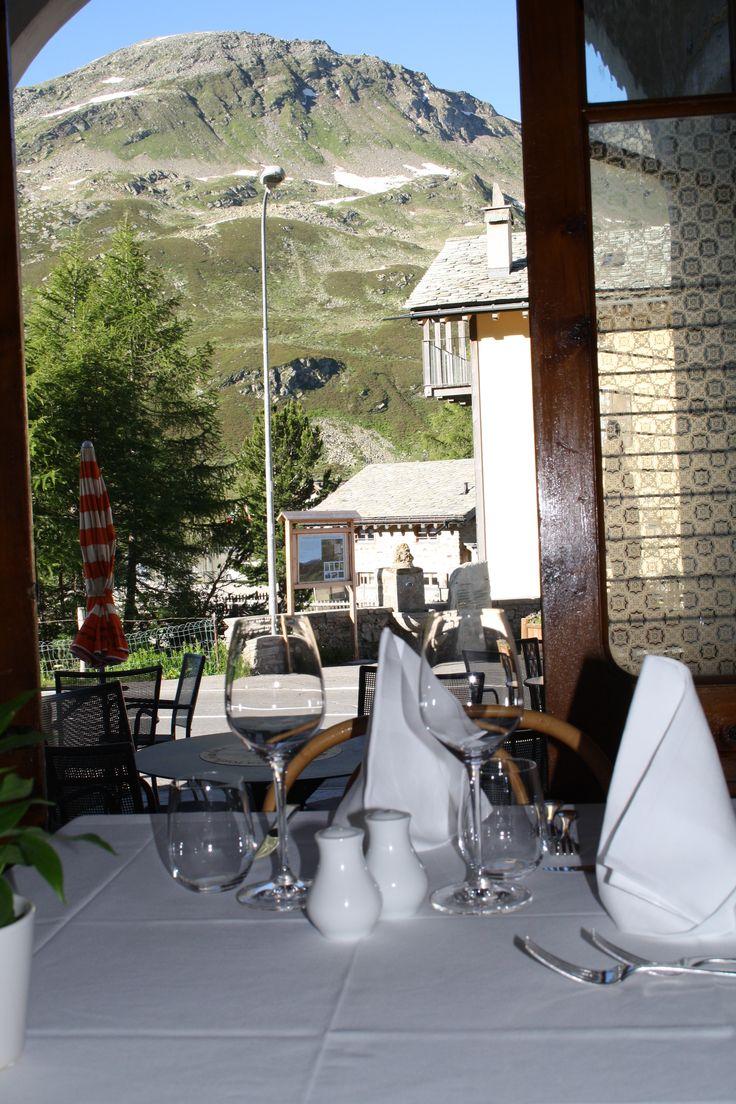 La sala, Albergo della Posta, Montespluga A unique spot in the middle of the Alps http://www.amenityadvisor.com/wp/albergo-della-posta/