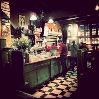 Amsterdam best beer bar in the netherlands food for Food bar brecht