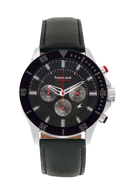 The first ever Chronograph from Fastrack!!! The 3 eyes on the dial indicating the chrono 24 hour, chrono stopwatch minute and the chrono stopwatch second are highlighted with a deep red needle. The hint of colour on the pusher gives this watch a sexy look. Available in a monochrome black with a hint of colour, you cannot get a more contemporary looking chronograph for as affordable a price!