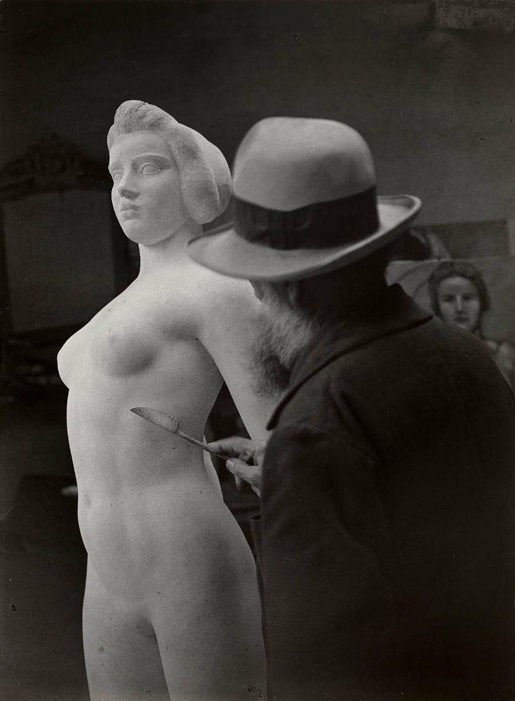 Aristide Maillol at Work on L'Ile de France, 1932. Photographed by (George) Brassaï .