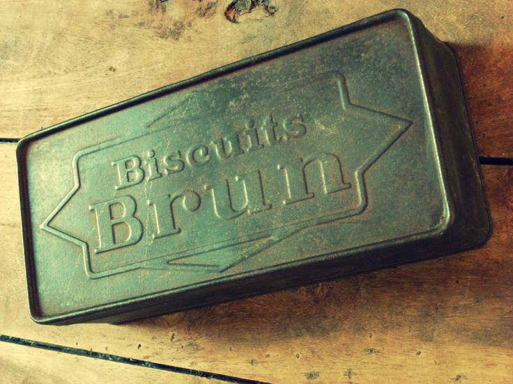Ancienne boite en métal Biscuits BRUN http://www.leboncoin.fr/annonces/offres/bretagne/?f=a&th=1&q=antiquaillerie