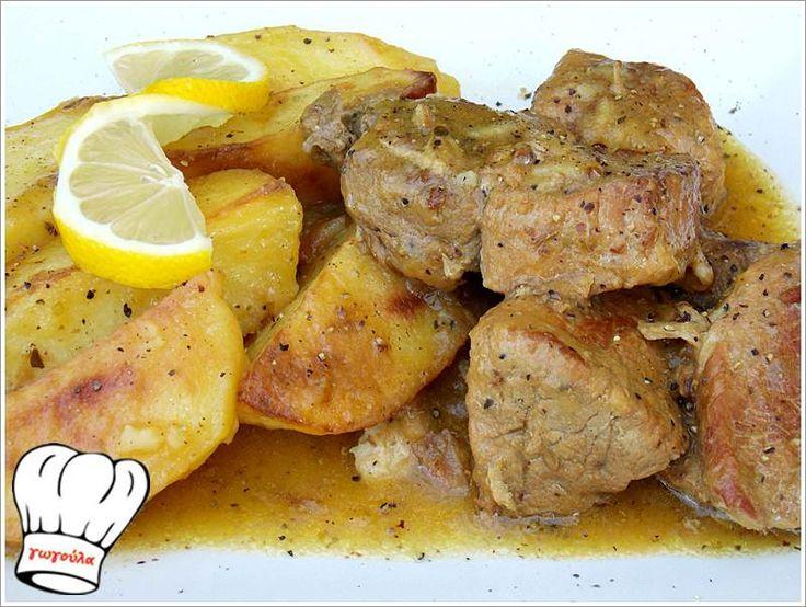ΧΟΙΡΙΝΟ ΨΗΤΟ ΚΑΤΣΑΡΟΛΑΣ ΛΕΜΟΝΟΜΟΥΣΤΑΡΔΑΤΟ ΜΕ ΠΑΤΑΤΕΣ ΜΠΛΟΥΜ!!! | Νόστιμες Συνταγές της Γωγώς