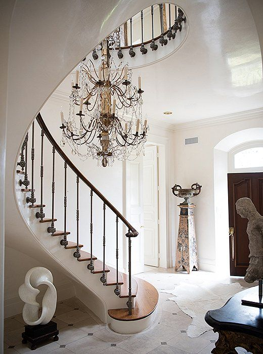 Mix and Chic: A designer's beautiful European-style home in New Orleans!