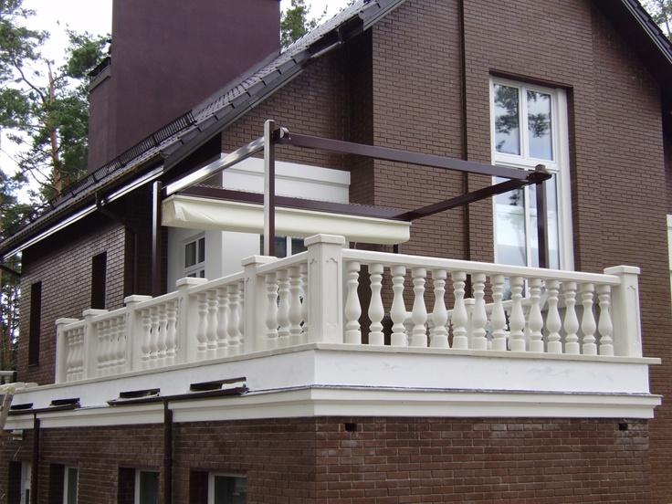 Pergole Med 85 Comby, pergole Gibus cu structura usoara din aluminiu pentru terase mici, terase balcon sau terase intrare in locuinta. Calitate extrema Gibus, oreturi fabulos de mici pentru Romania.