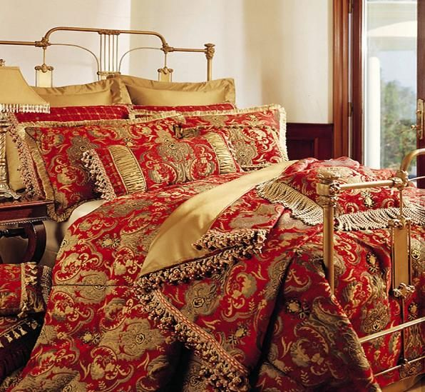 China Red Bedspread And Pillows