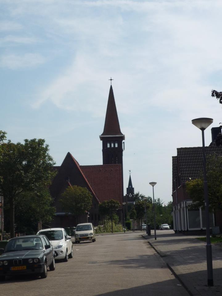 Rotterdam Heijplaat - Alcorstraat richting Alcorplein / Streefkerkstraat
