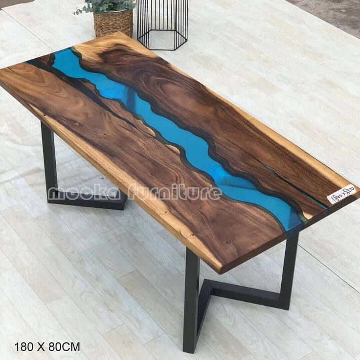 MKRT-190613 live edge all natural by wood and resin artist creates beautiful dining table