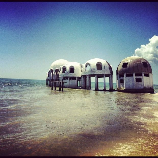 03 - Abandoned dome houses in Southwest Florida