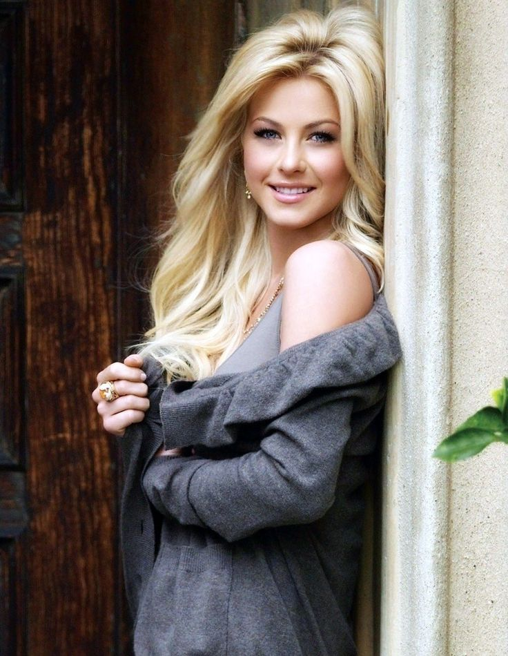 Julianne Hough,, I love herr! She's amazing