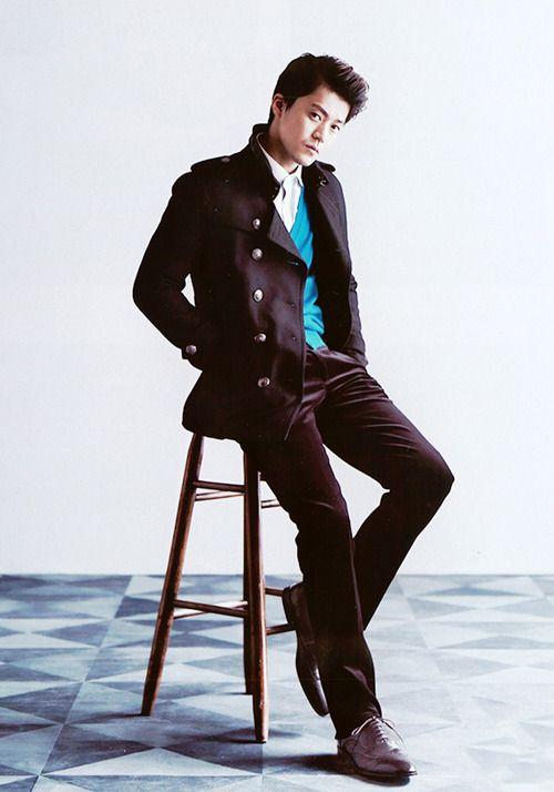 Oguri Shun looking super cool in suit :)