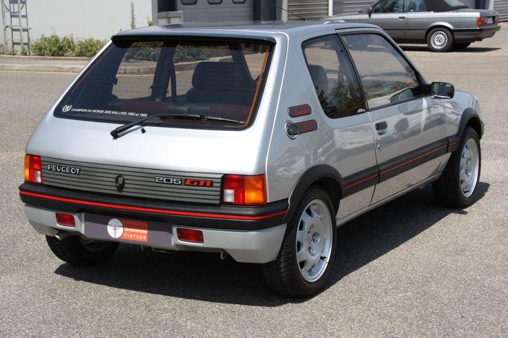 1990 Peugeot 205 GTI 1.9   I4, 1,905 cm³   130 PS / 95 kW