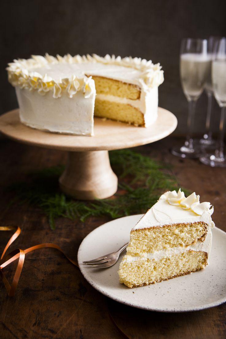 Wil je een pronkstuk op tafel? Voor een echt wauweffect op speciale gelegenheden maak je een spectaculaire taart. Hou er na het diner een gaatje ...