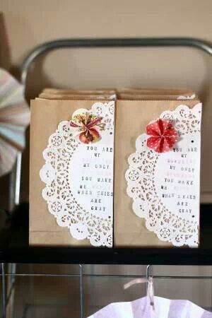 Homemade gift bags, favors love the little pinwheel detail