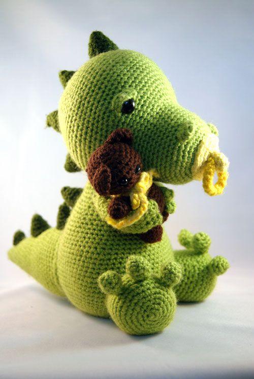 Little babydragon amigurumi crochet pattern by Pii_Chii http://www.amigurumipatterns.net/shop/Pii_Chii/little-babydragon/#