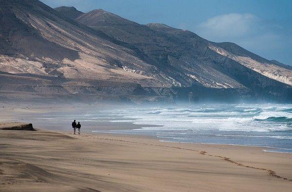 Playa de Cofete, en la península de Jandía( Fuerteventura). Extensión: 12 kilométros.