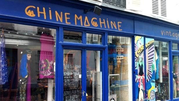 Chinemachine - 2nd hand clothing. Rue des Martyrs. TL Nov 2015