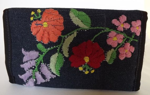 FREE SHIPPING Wallet with Kalocsa motifs by Mariannasboutique, $42.00