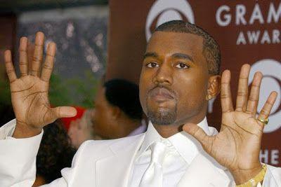 cotibluemos: Venden bolsas con aire de conciertos de Kanye West...