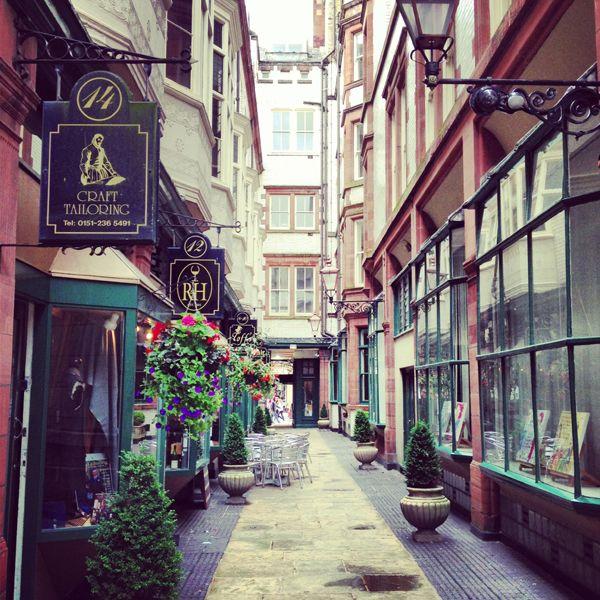 Parisien style alleyway - Liverpool