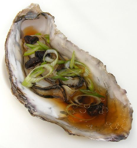 Steamed Oysters with black beans