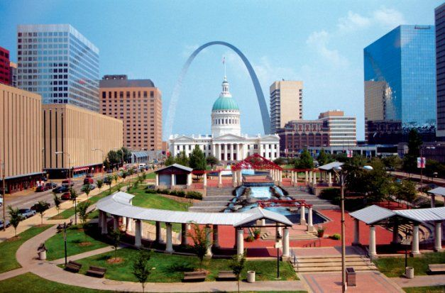 101 Things Every St. Louisan Must Do. I've been wanting a list like this!