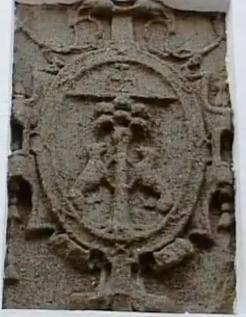 Escudo del Palacio del Obispo Acevedo (Obispo Lobera).
