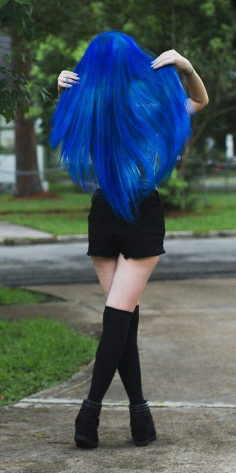 Royal blue hair                                                                                                                                                     Más