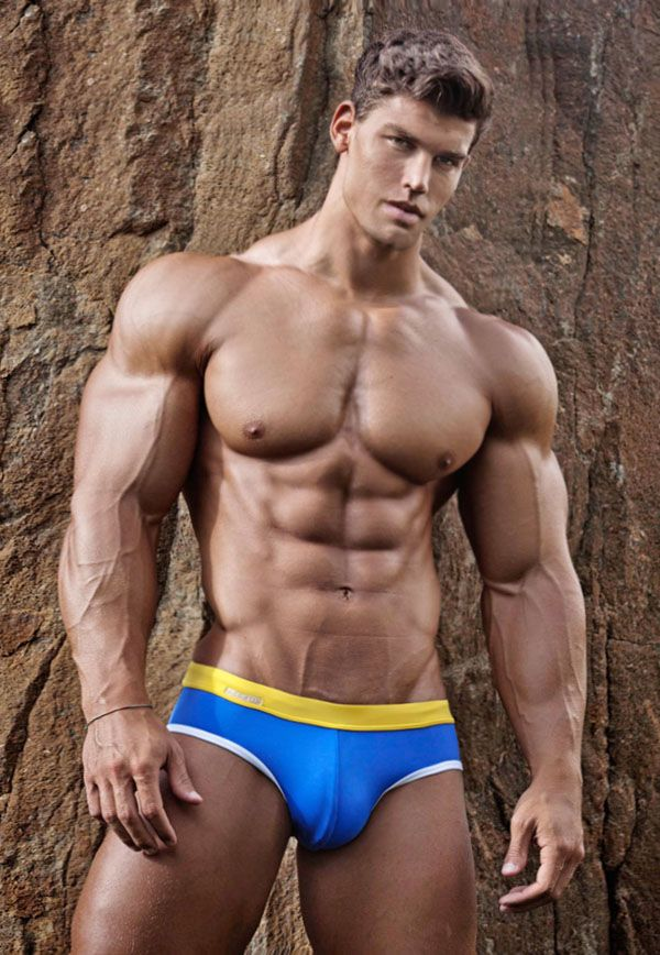 Images of handsome hunks morphed taller, more muscular ...